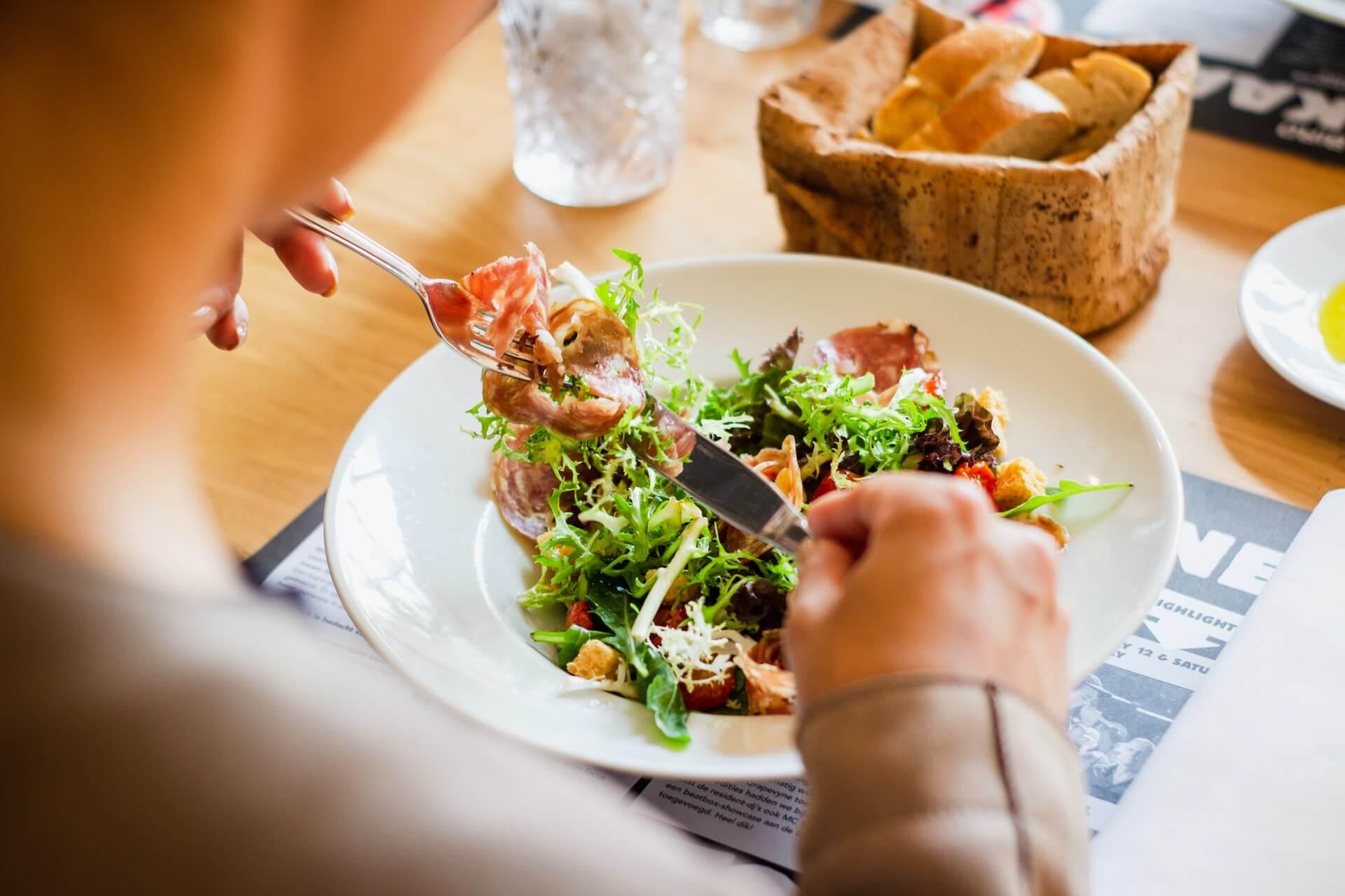 痩せるためには食事や生活習慣も重要